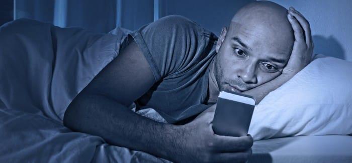 blog-blauw-licht-scherm-slaapstoornis.jpg